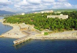 Геленджик, пляж пансионата Полярная звезда